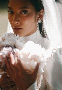 Terasa Sakral Suasana Pernikahan Tara Basro & Daniel Adnan di Wot Batu Nan Sepi