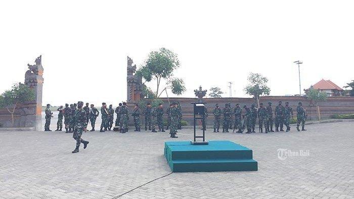 Upacara Penyerahan Jenazah Kapten Cpn Kadek Berlangsung di Baseops Lanud I Gusti Ngurah Rai